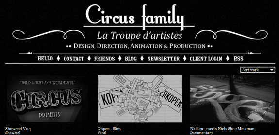 Circus Family, Black and White Website