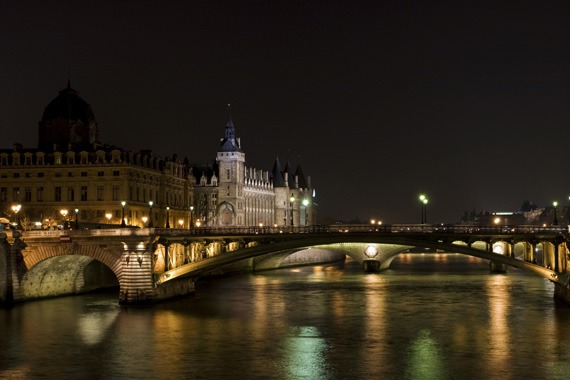 Night Paris