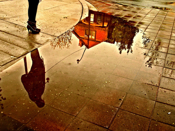 Amazing Photos of Mirror and Reflection Photography 27