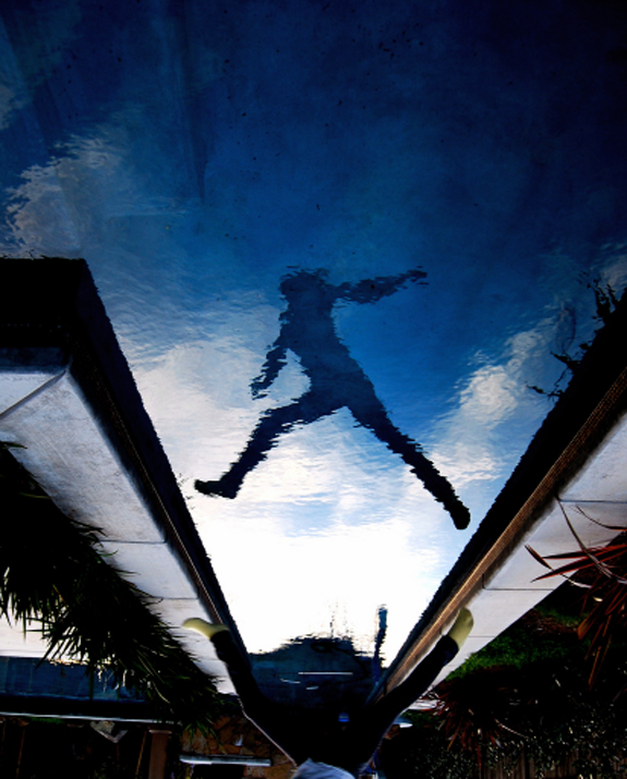 Amazing Photos of Mirror and Reflection Photography 30