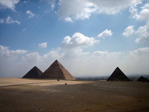 Famous Places - Great Pyramids of Giza, Egypt