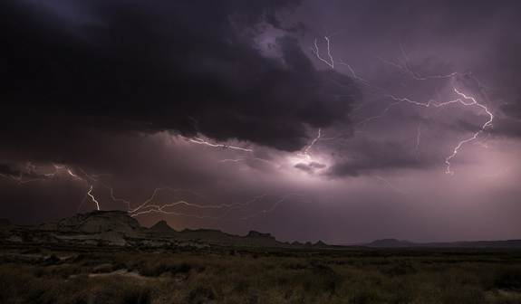 Bardenas Storm II - Lightning Photography