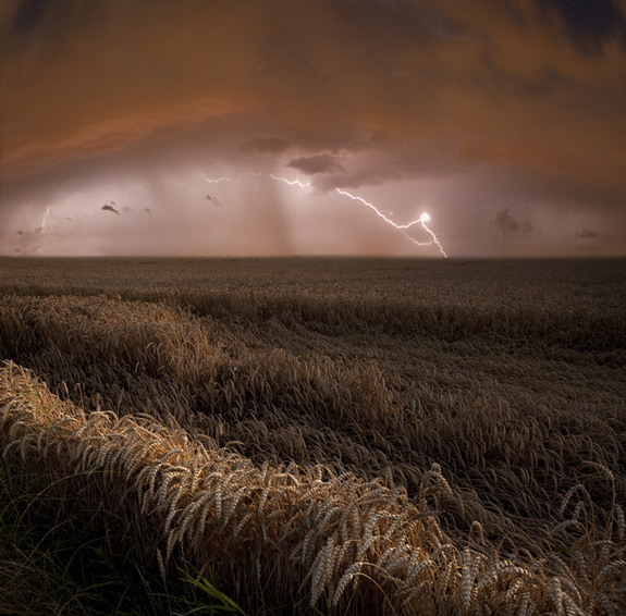 Lightning Photography - Harvest Lights